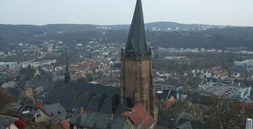 1024px-Lutherische_Pfarrkirche_vom_Marburger_Schloss